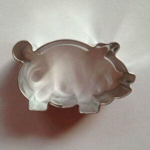 Malac linzer kiszúró, sütikiszúró 4,5 cm