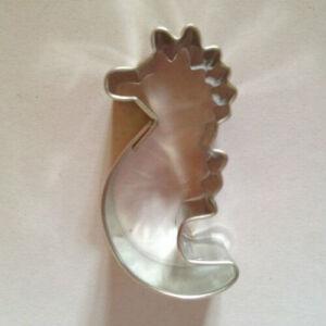 Vízicsikó, csikóhal süti kiszúró, mézeskalács figura 4,5 cm